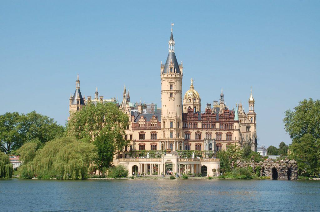 Restaurierte Fassade des Schweriner Schlosses